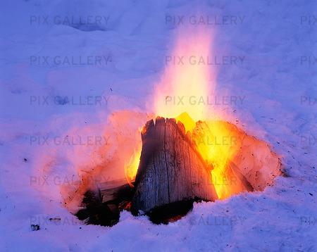Eld i snö