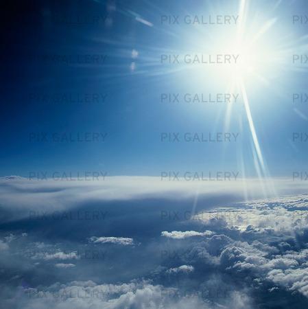 Sol ovan molnen