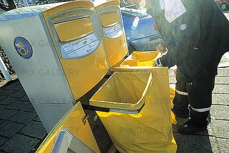 Tömmning av brevlådor