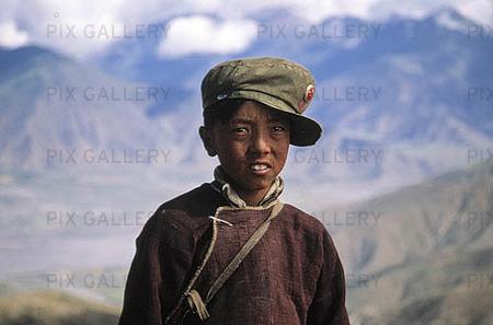 Pojke i Tibet, Kina