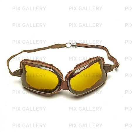 Äldre motorcykelglasögon