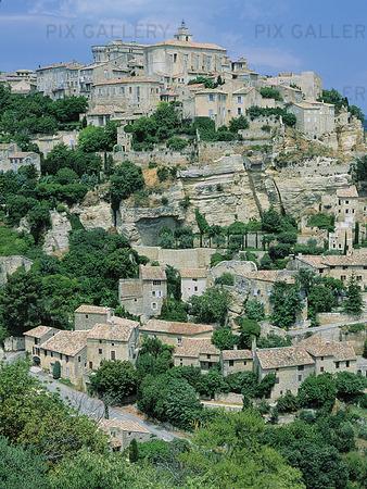 Bergsby i Provence, Frankrike