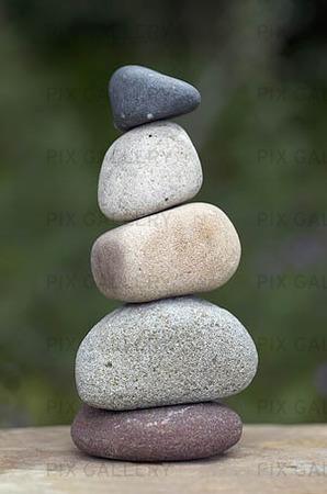 Staplade stenar