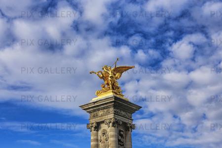 Skulptur på Pont Alexandre III, Paris Frankrike