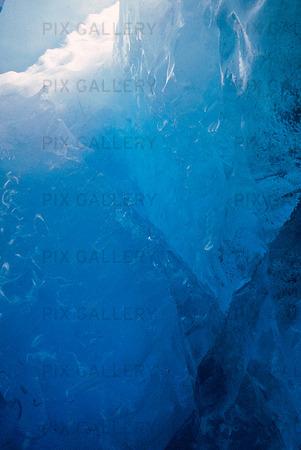 Glaciär underifrån