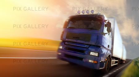 Truck Driver på skymning