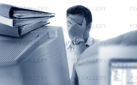 Utmattad affärsman