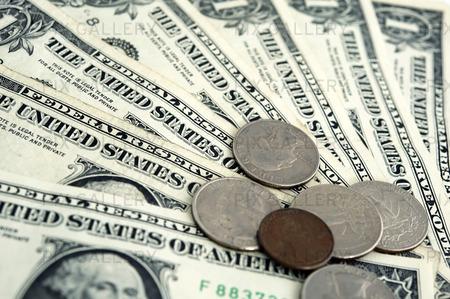 Dollarsedlar och mynt
