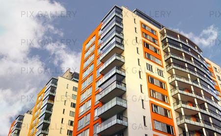Bostadshus med balkonger