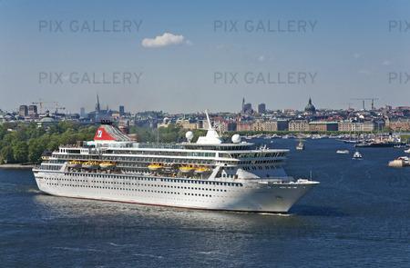 Fartyg i Stockholms hamn