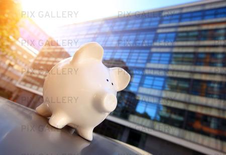 Piggy Bank i Financial District