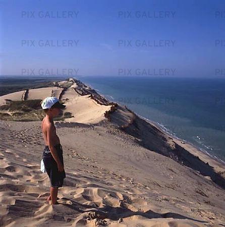 Pojke på sanddyn, Danmark