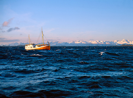 Båt vid Lofoten, Norge