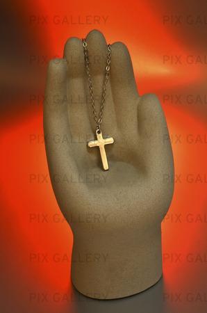 Kors som hängsmycke