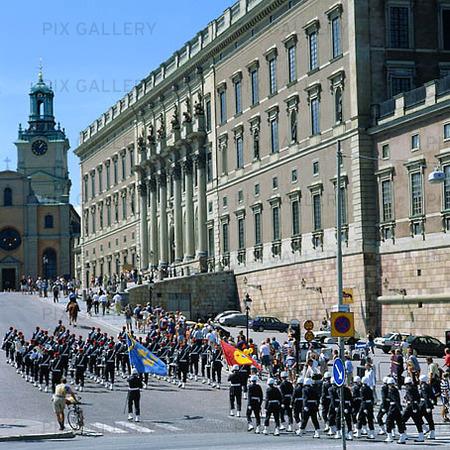 Vaktparad på Slottsbacken, Stockholm