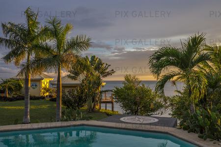 Havsresort i solnedgång, Filippinerna