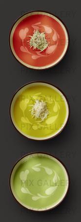 Soppa i olika färger som trafikljus.