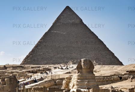 Sfinxen and Pyramid i Giza, Egypten