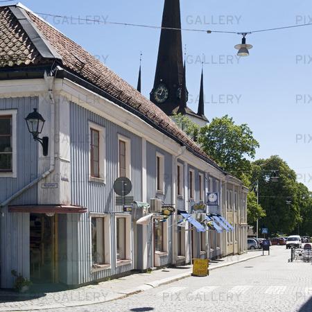 Gamla trähus vid Järnvägsgatan i Arboga, Västmanland