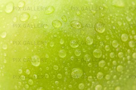 Vattendroppar på äpple