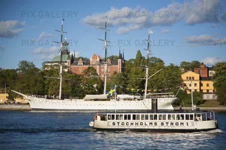 Båtar vid Stockholms Ström