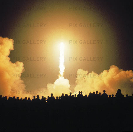 Publik vid uppskjutning av rymdfärja