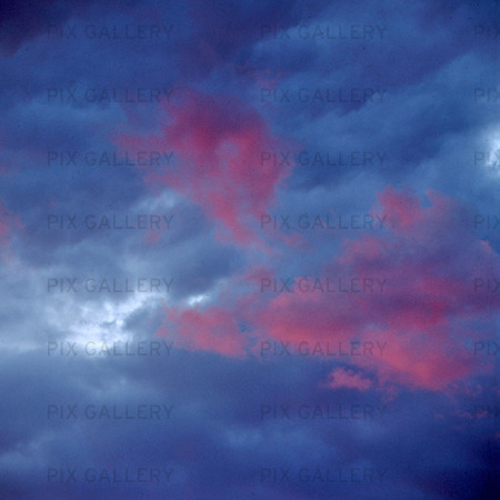 Moln på himmel
