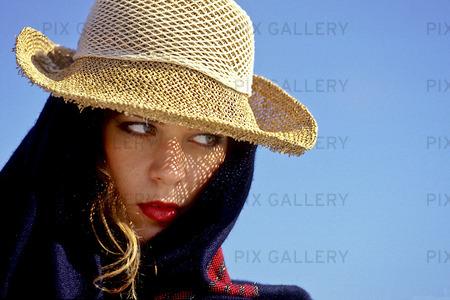 Kvinna med hatt