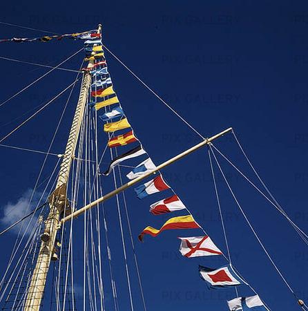 Flaggspel på segelfartyg