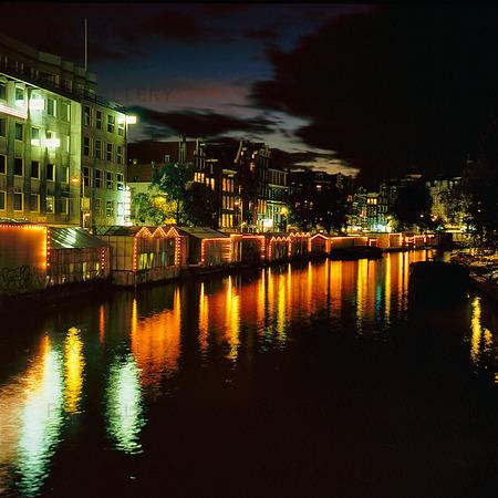 Kanal i Amsterdam, Nederländerna