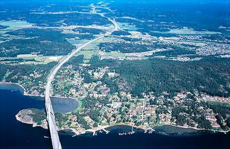 Flygbild vid Uddevallabron, Bohuslän