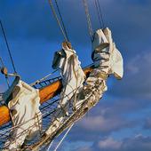 Detaljer på segelskuta