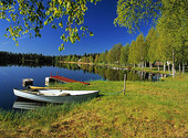 Båt vid sjö