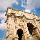 Konstantins triumfbåge i Rom, Italien