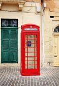 Röd telefonkiosk på Malta
