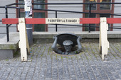 Statyn Humor på Slussen, Stockholm