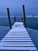 Vinterbild på brygga