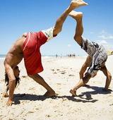 Killar på strand, Brasilien