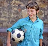Pojke med fotboll