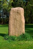 Runsten vid Klageholms slott, Skåne