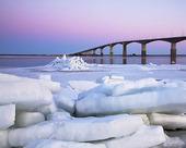 Isflak vid Ölandsbron