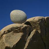 Sten på klippa