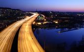Motortrafikled i skymning, Stockholm City