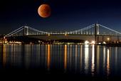 Superblodmåne/Älvsborgsbron / bildmontage