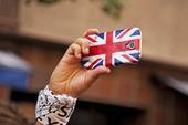 Smartphone med Englands flagga