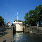 Kanalbåt på Göta Kanal, Västergötla