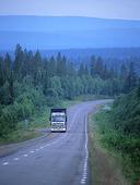 Lastbil på landsväg, Lappland