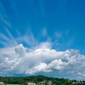 Moln vid horisonten