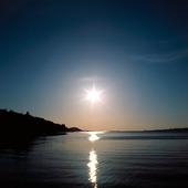 Solen över vatten