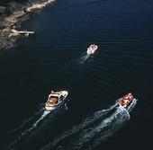 Motorbåtar